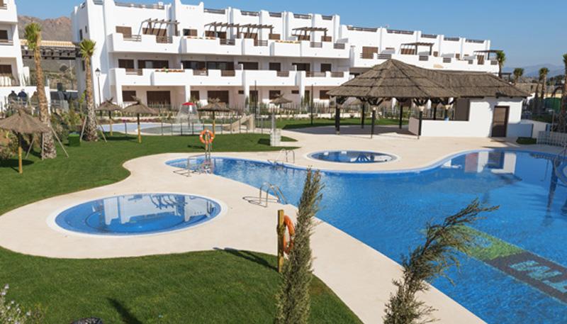 Centro de Entrenamiento: Mar de Pulpí, Pueblo Mediterráneo