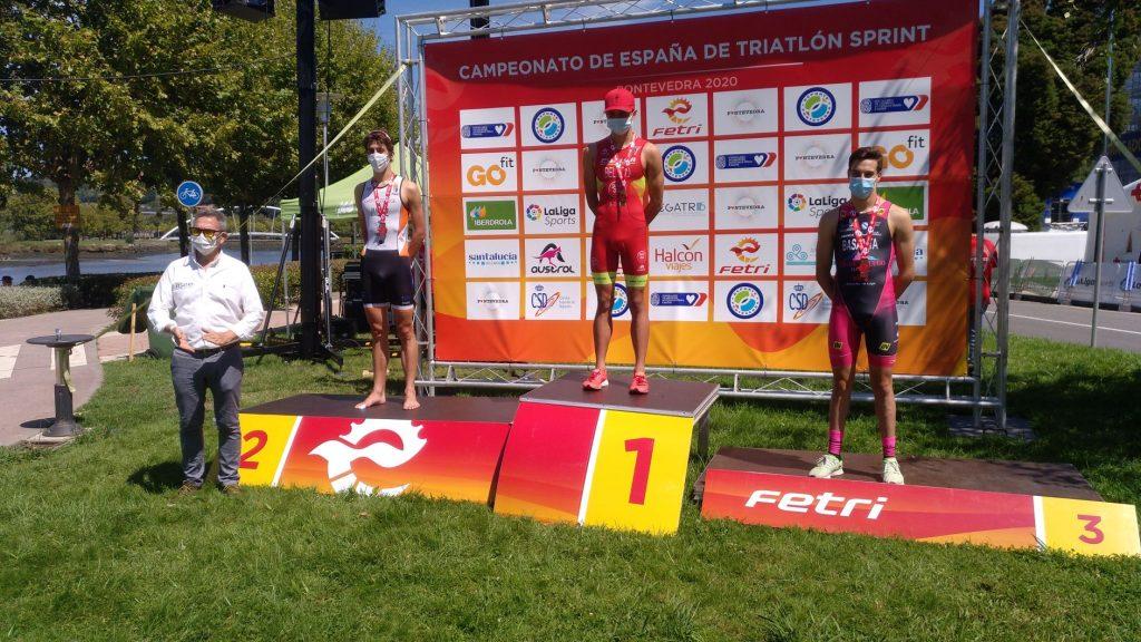 podium junior masculino