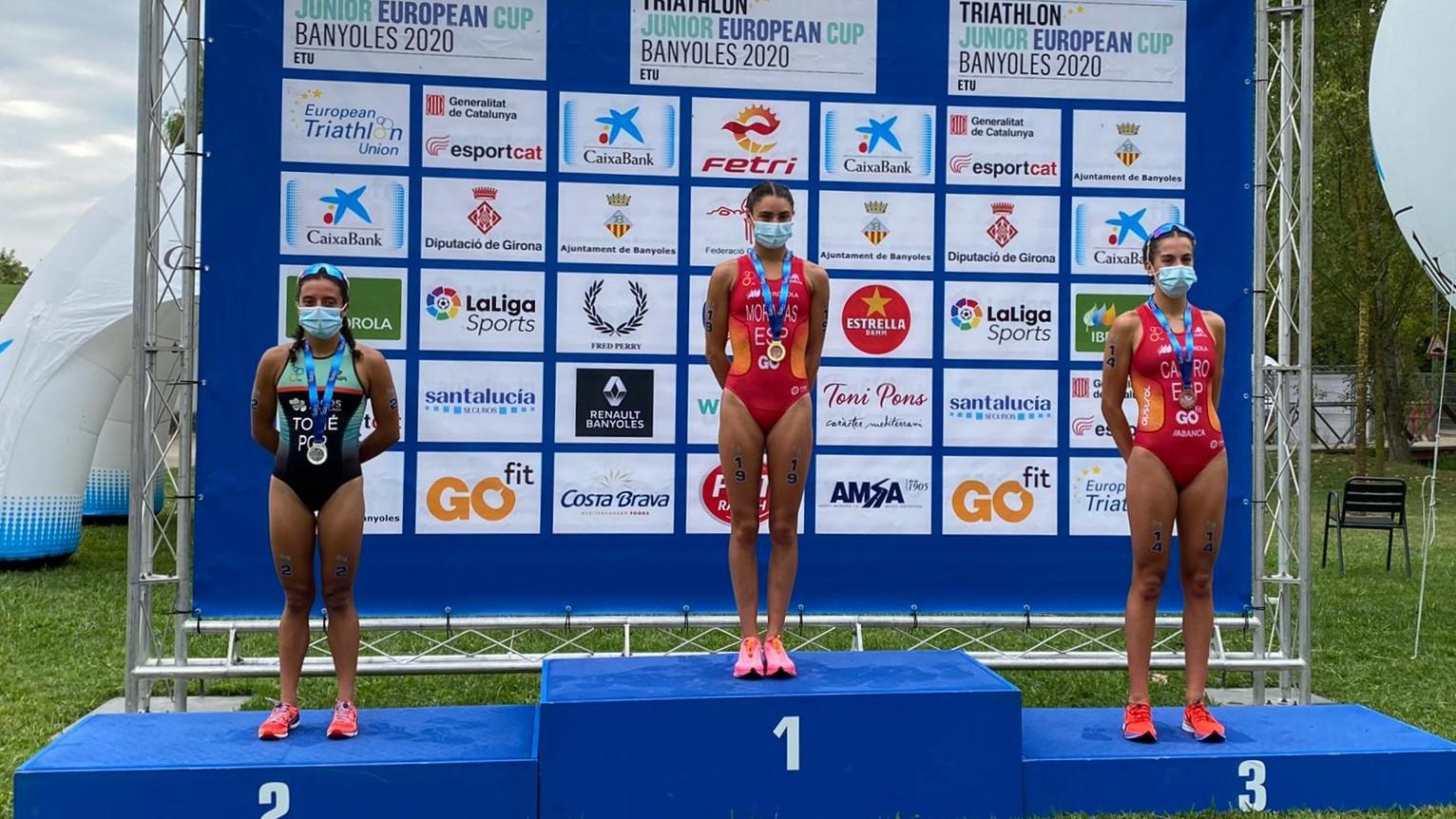 Helena Moragas y Alexandre Montez, vencedores de la Copa de Europa Júnior de Triatlón en Banyoles