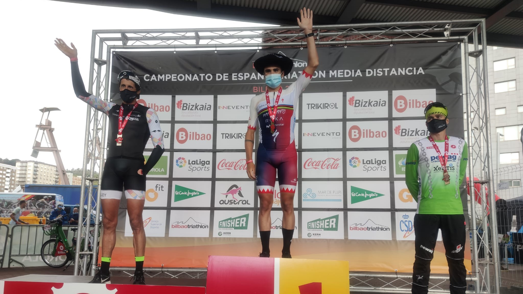 Laura Gómez y Javier Gómez Noya, campeones de España de Triatlón MD en Bilbao Triathlon 2020