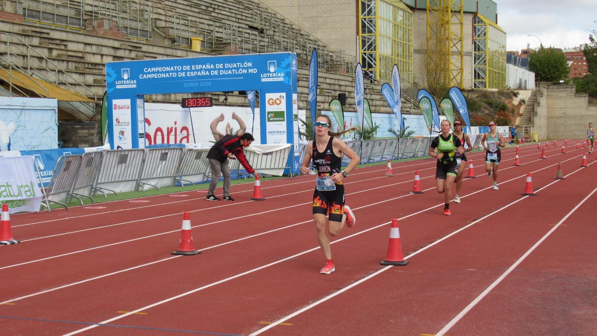 Sonia Bejarano y Urko Herrán campeones de España de Duatlón en Soria 2020