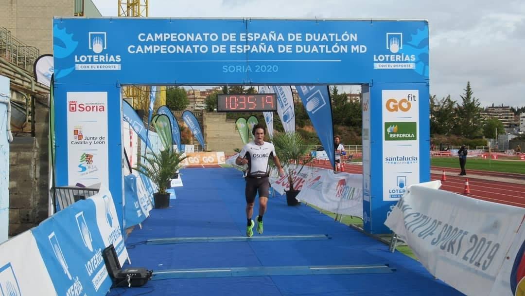 Sara Loher y Pello Osoro campeones de España de Duatlón MD en una jornada con Grupos de edad y nacional de Duatlón Paratriatlón
