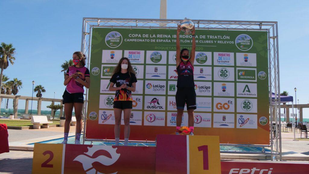 Cidade de Lugo Fluvial gana la Copa de la Reina Iberdrola de Triatlón en Roquetas de Mar