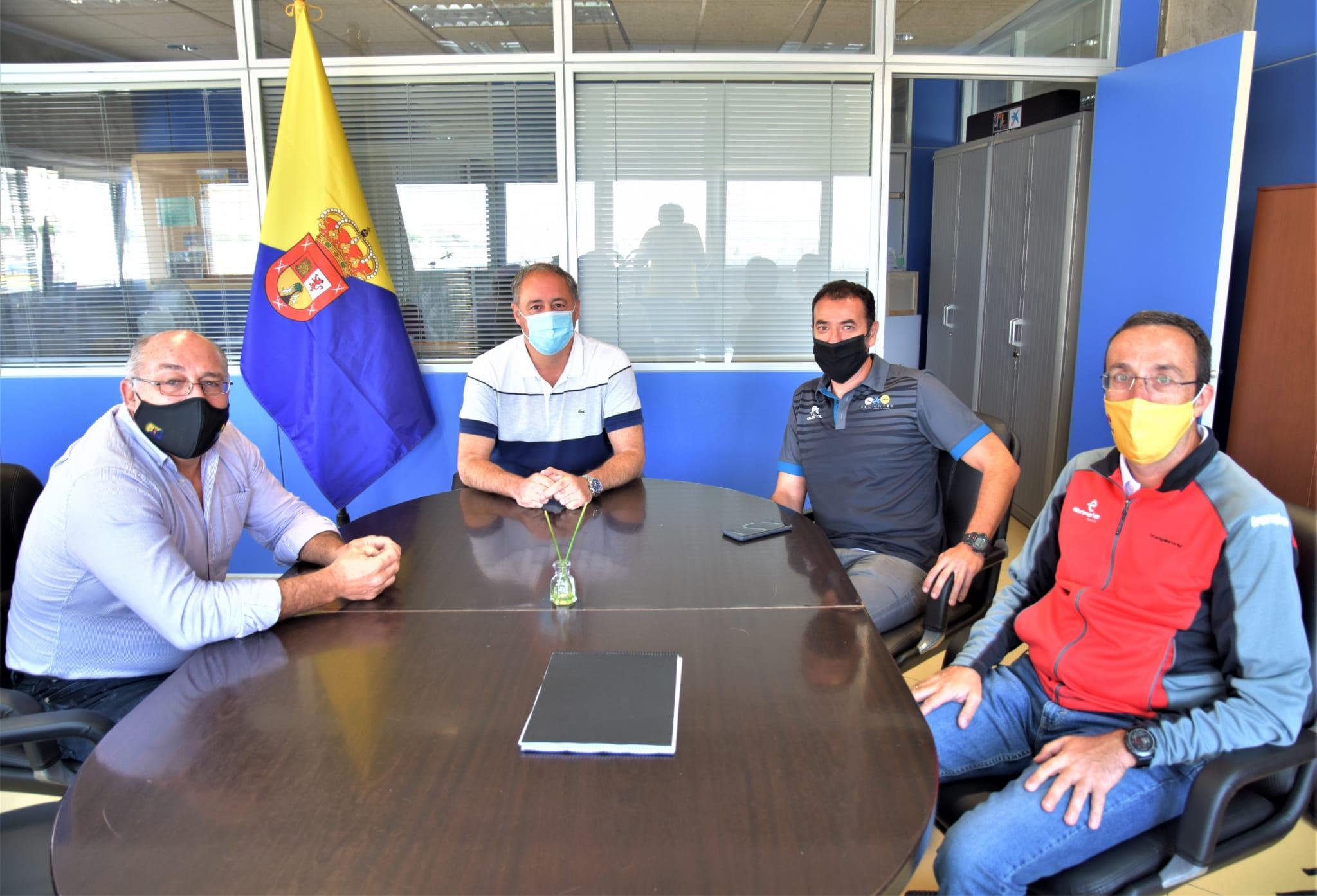 FETRI y FECANTRI plantean un ambicioso proyecto para Canarias