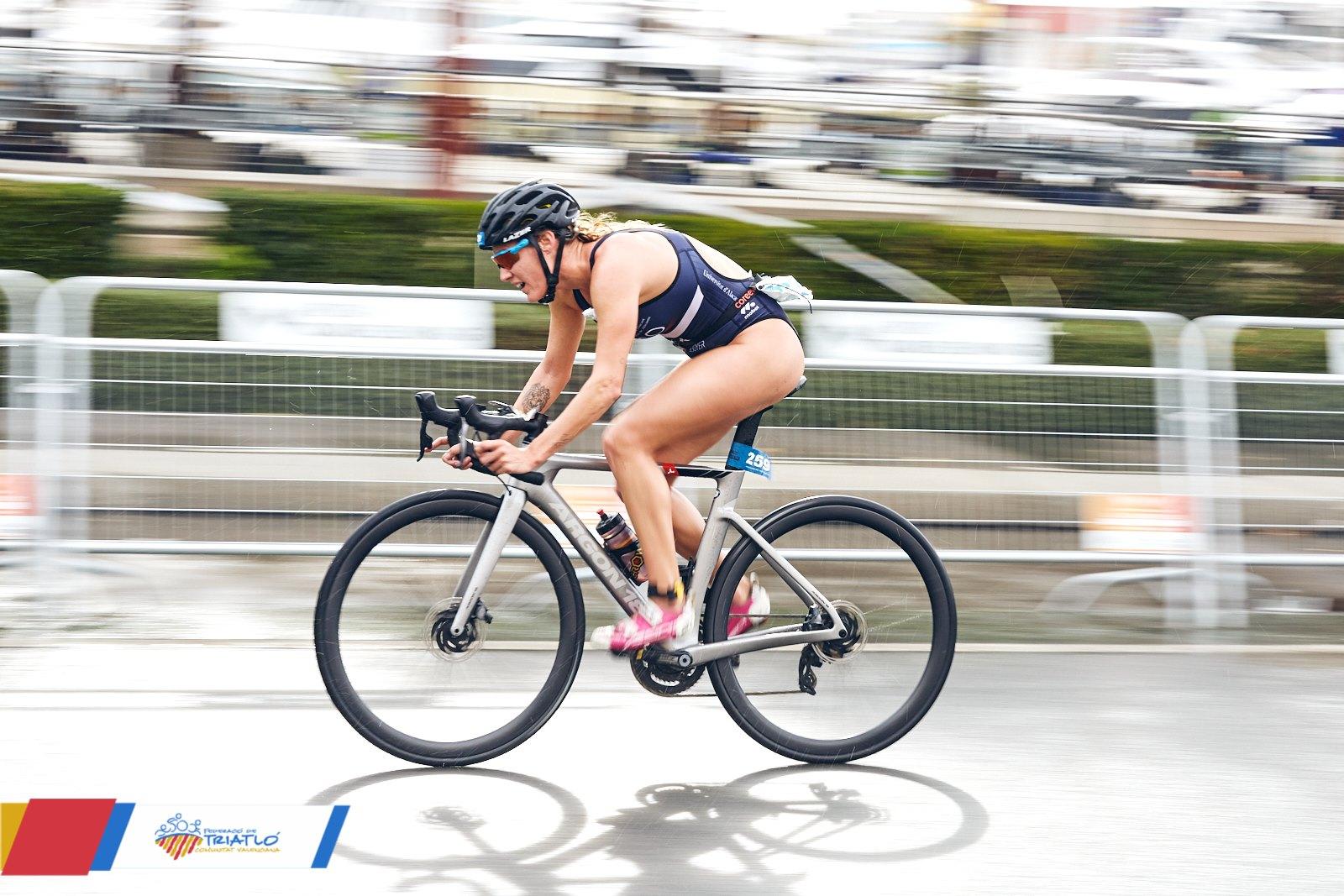 La Federació de Triatló de la Comunitat Valenciana avanza el calendario de competiciones de 2021