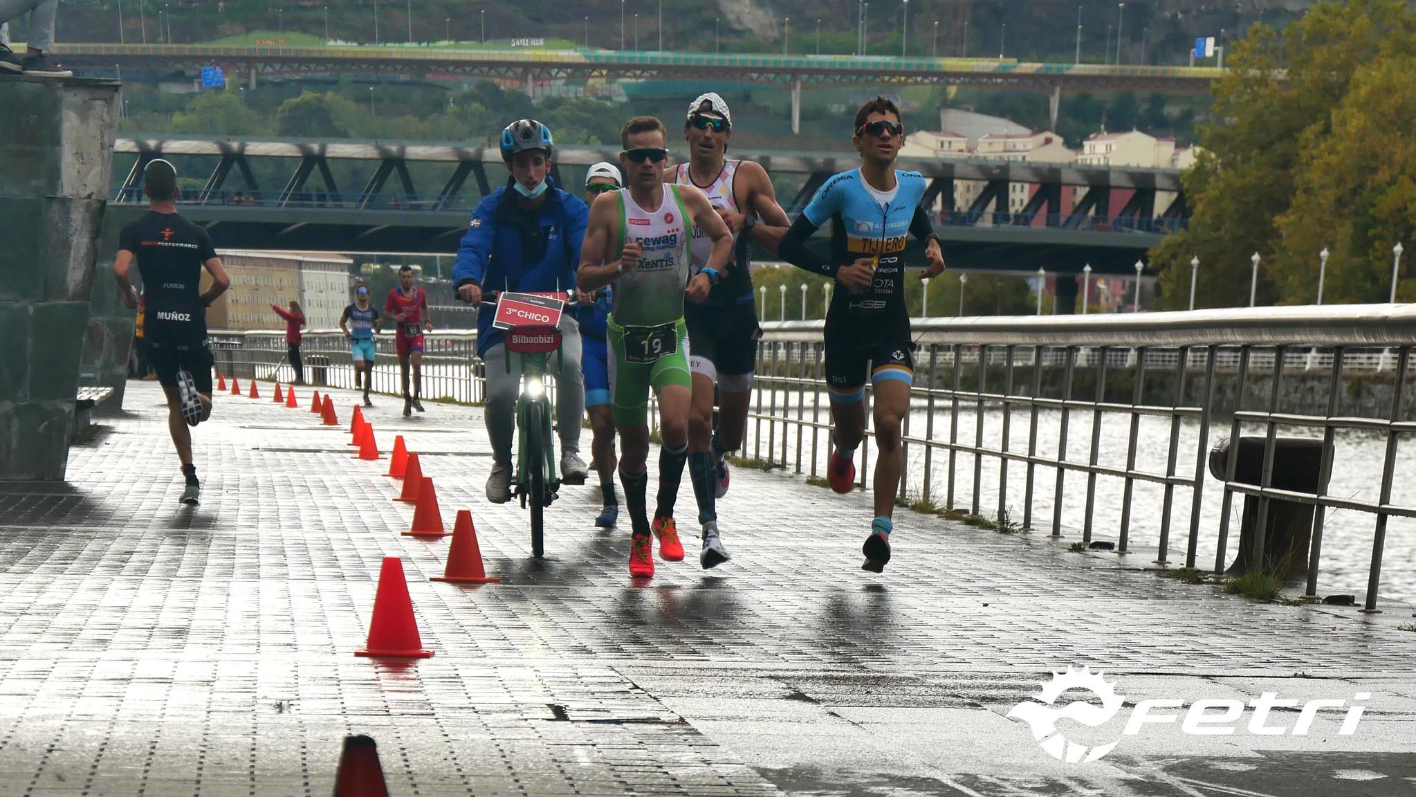 Casi 40 triatletas se han inscrito ya para el doblete de Campeonatos de España de Triatlón MD y LD en Bilbao y Platja d'Aro