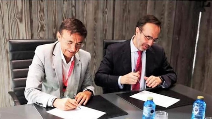 SANTALUCÍA y la FETRI renuevan su acuerdo de patrocinio con el paratriatlón español