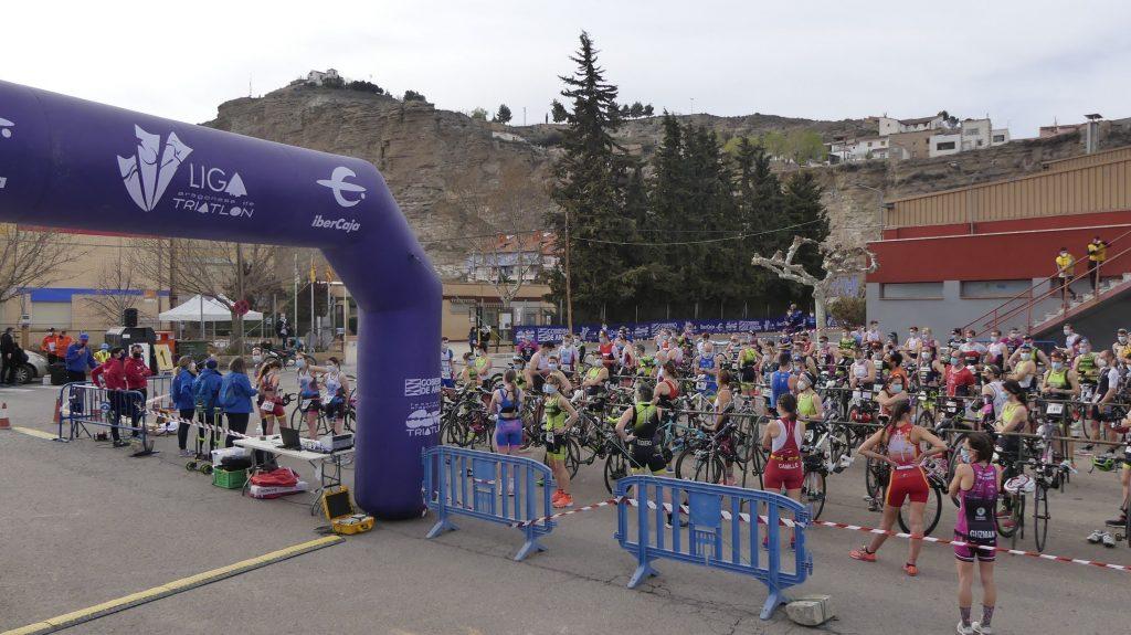 Marta Borbón y Fernando Zorrilla, campeones de Aragón de Duatlón Sprint 2021 en Calatayud