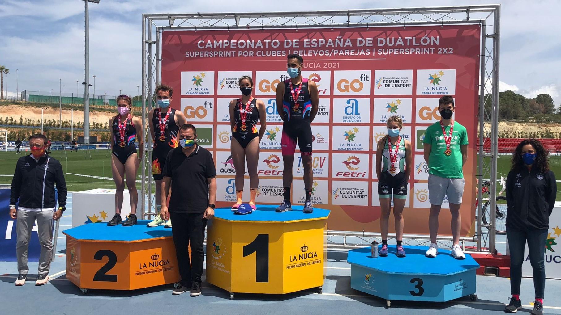 """Cidade de Lugo Fluvial masculino y Diablillos de Rivas femenino ganan en """"La Nucía, Ciudad del Deporte"""" los primeros campeonatos de España de Duatlón SuperSprint 2×2"""