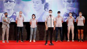 La FETRI presenta a su equipo olímpicoen la sede del COE