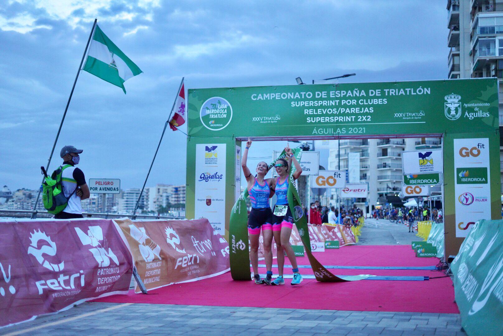 Cidade de Lugo Fluvial gana en Águilas los campeonatos de España de Triatlón SuperSprint por Clubes femenino y masculino, y el masculino de Relevos Parejas; con Náutico de Narón campeón en Relevos Parejas femenino