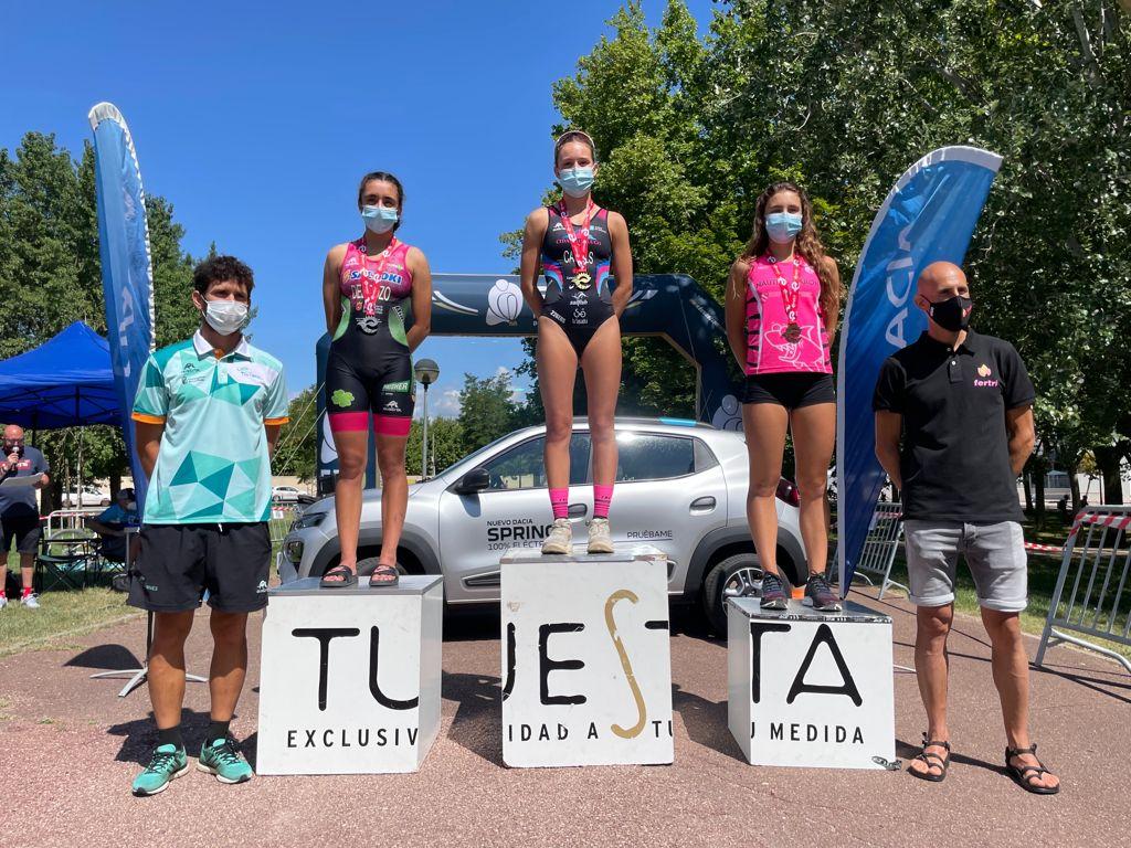 Maria Casals y Jordi García ganan el Triatlón de Logroño, segundo y último clasificatorio para el Campeonato de España de distancia olímpica