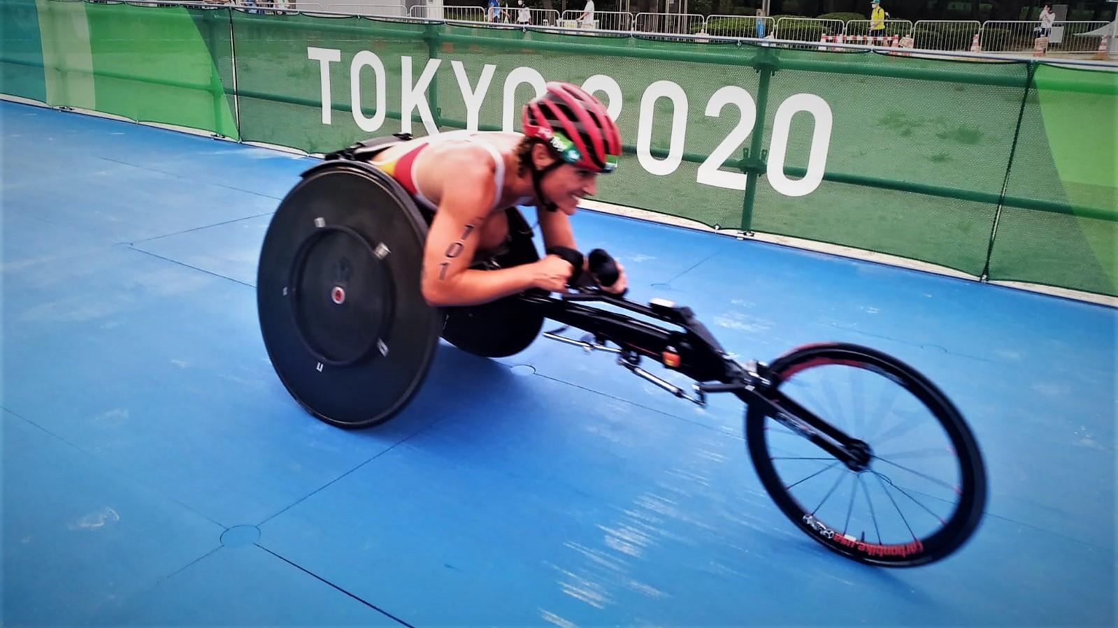 Eva Moral pone el broche de oro al Paratriatlón olímpico con su medalla de bronce