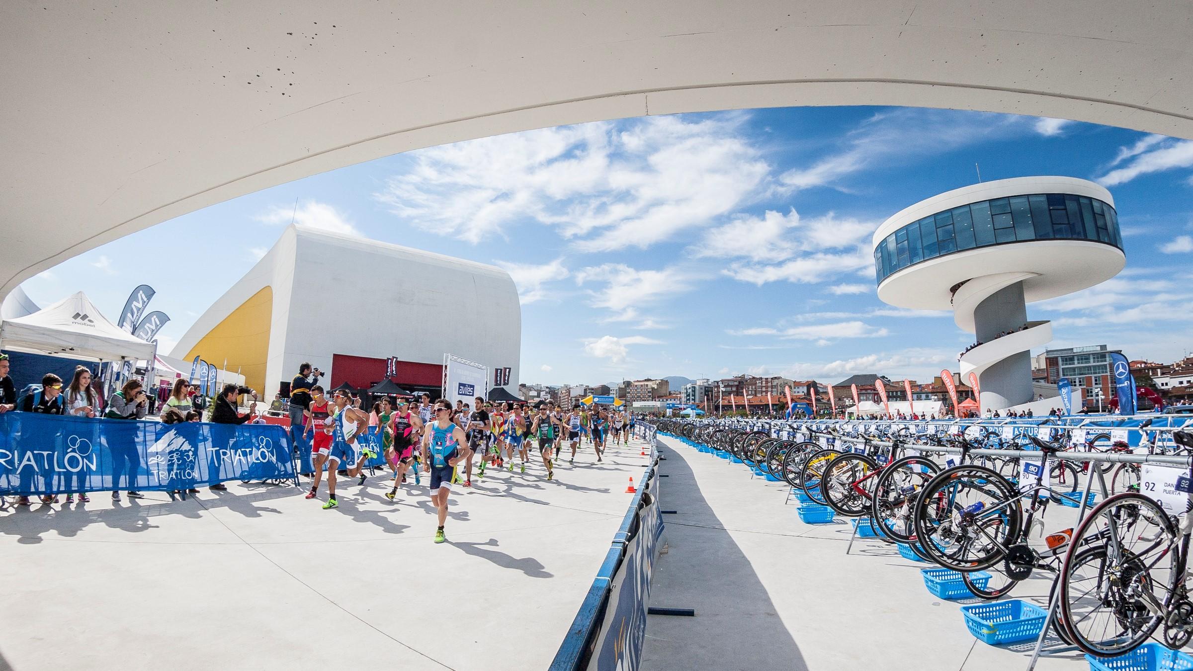 Group Ride reconocimiento Virtual Campeonato del Mundo de Duatlón con Emilio Martín